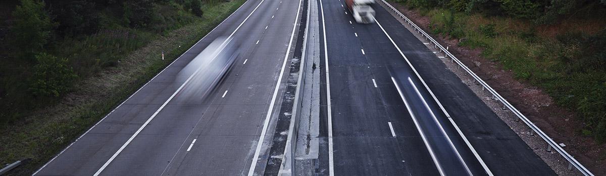 motorway-car-transporter